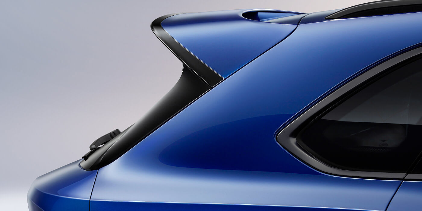 new-moroccan-blue-bentley-bentayga-speed-rear-spoiler-and-blackware